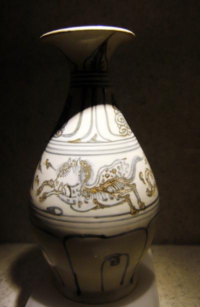 Hình ảnh Bộ sưu tập cổ vật hiếm thấy ở Việt Nam số 11
