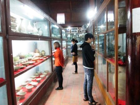 Thăm bảo tàng cổ vật tư nhân đầu tiên ở Việt Nam