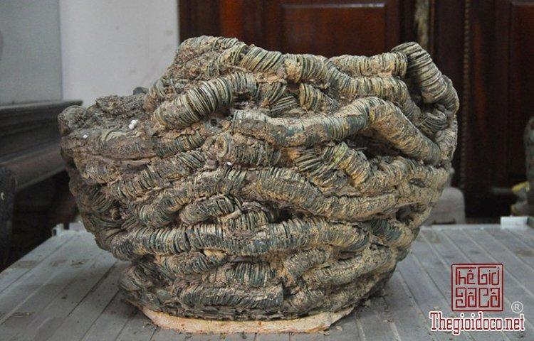 Bo-suu-tap-tien-co-khung-con-nguyen-ven-cua-dai-gia-suu-tap-o-Bac-Ninh (3).jpg