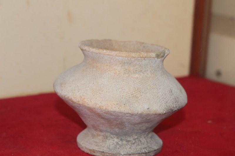 Đèn gốm Sa Huỳnh (thế kỷ V TCN).